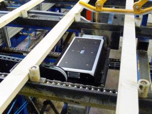 MC Pro 2400 fuktmätare för tvärtransport i sågverk och hyvleri
